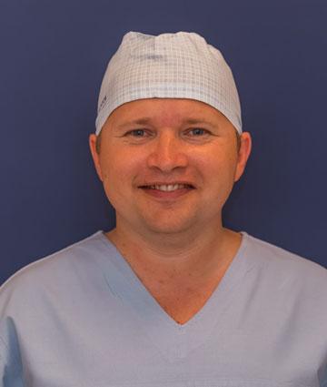 Dr Sławomir Karoń specjalista chirurgii ogólnej