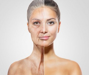 anti-ageging-stara-i-mloda-kobieta